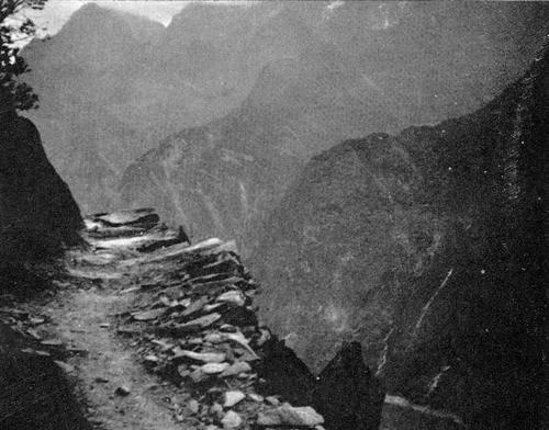 Atsanko Gorge, Yunnan Province