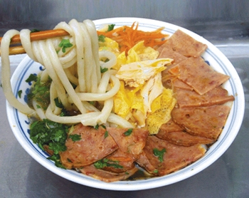 Noodle With Chicken And Duck