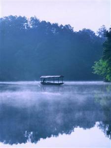 Stone Elephant Lake