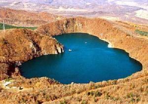 Qianye Lake