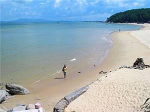Ten Li Silvery Beach