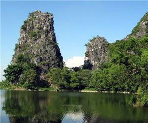 Spring Bay (Chunwan) Scenic Area