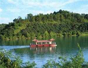 Tang Lake Thermo Mineral Sludge Mountain Villa of Wuhua County