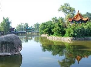 Fengxiang East Lake