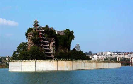 Shibaozhai (石宝寨)