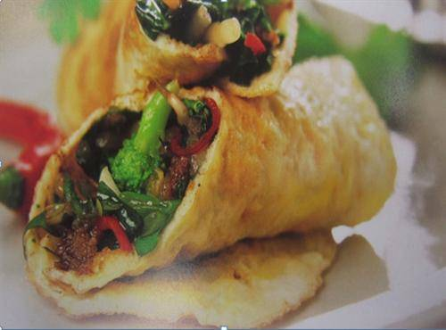 Chilli and Pak Choi Omelette Parcels